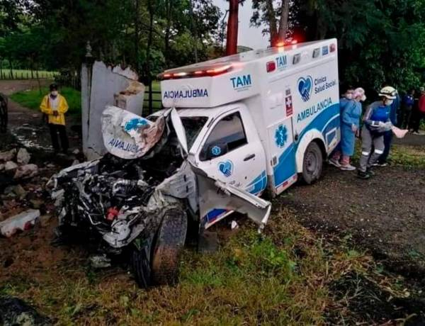 Imagen accidente_ambulancia