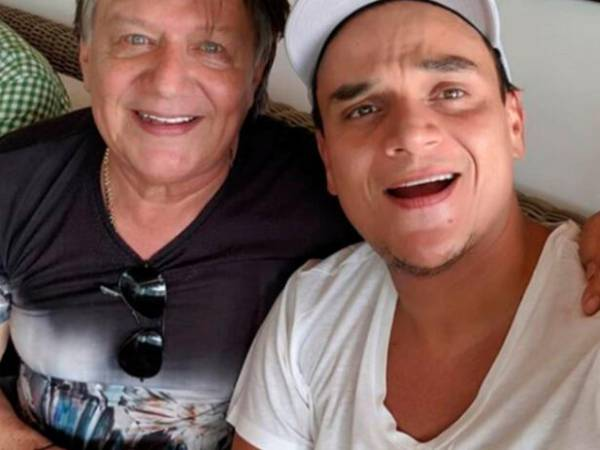 "Silvestre Dangond y Su papa William José ""el Palomo Dangond."