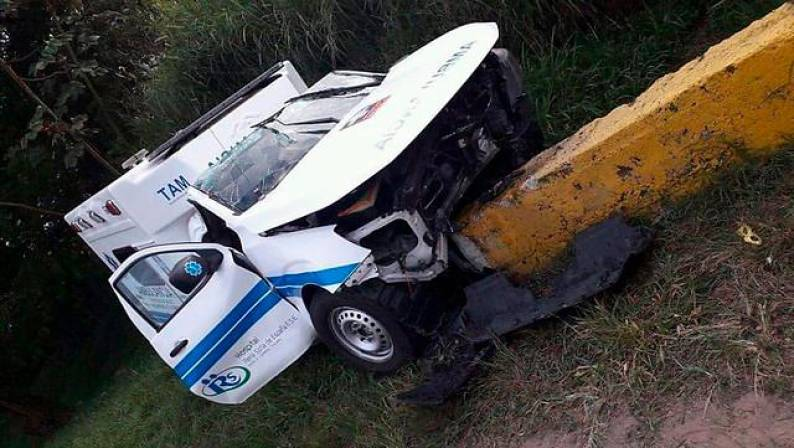Paciente muere en accidente de ambulancia en la que era trasladada
