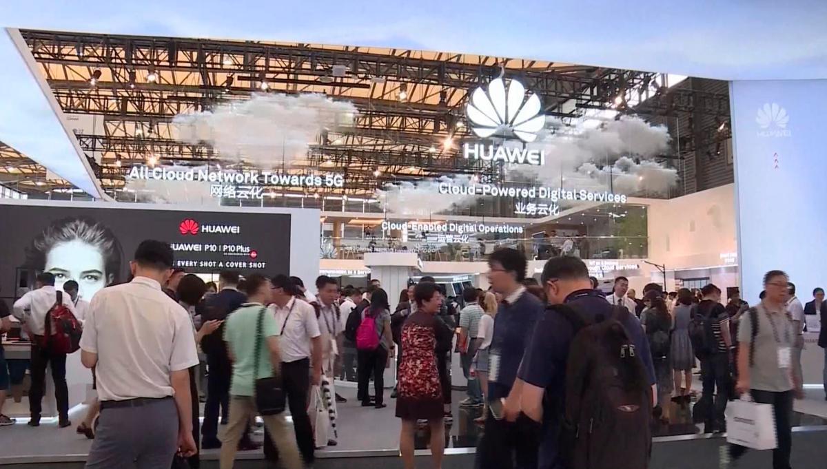 [Video] Trump prorroga el plazo a Huawei para hacer negocios en EE.UU. otros 90 días