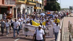 Protesta de administrativos de la UdeC